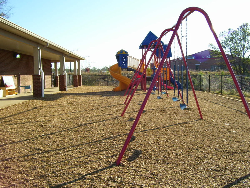 Mulch Outfitters | Photo Galleries of Playground Surfaces
